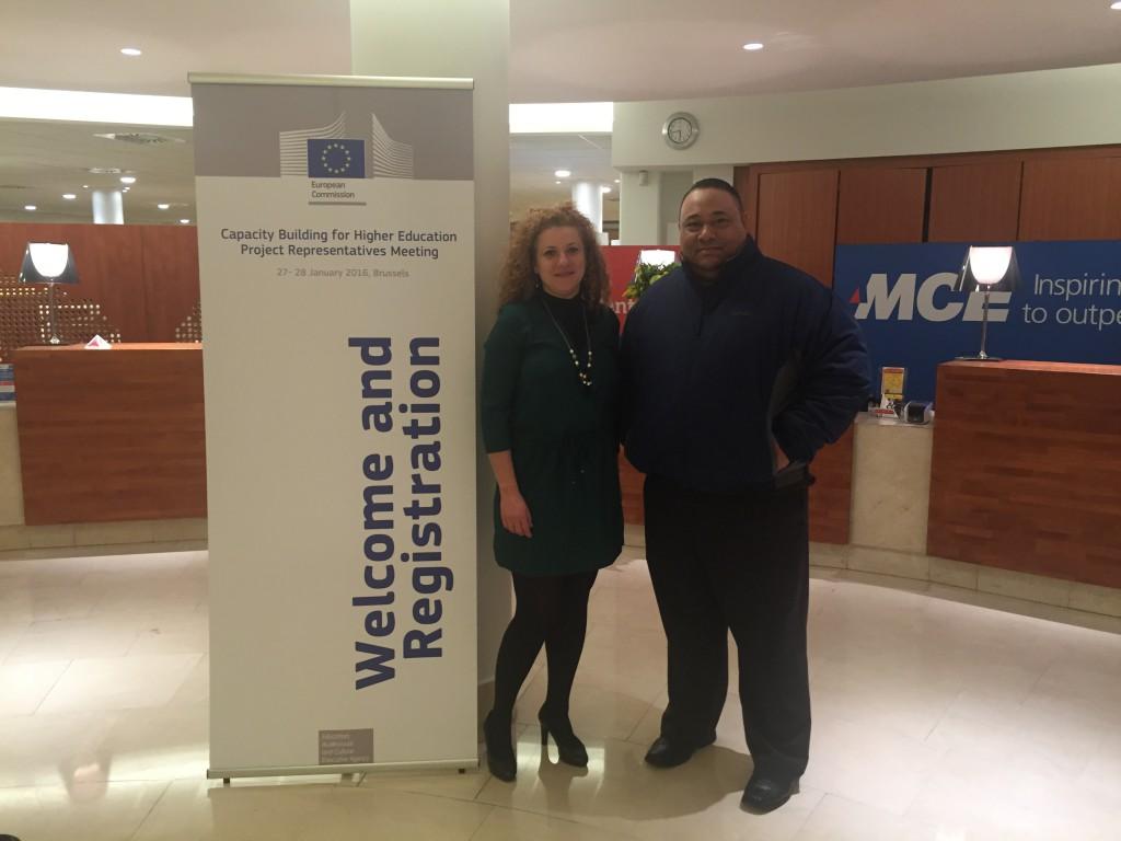 Elena Campo (Coordinadora ACAI-LA) y Ernesto Espinoza (Sub-coordinador ACAI-LA)